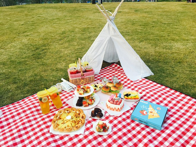 What Does It Mean to Dream about A Picnic?-Dreams Interpretation