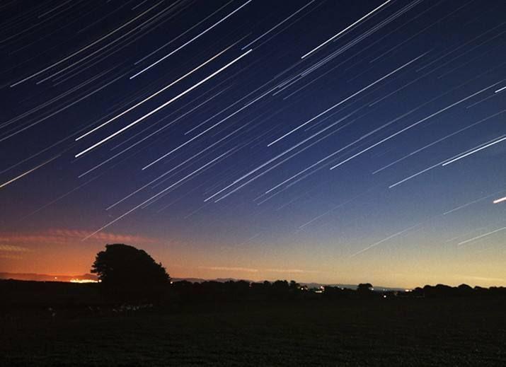 Why Do I Dream Of A Meteor Shower?-Dreams Interpretation