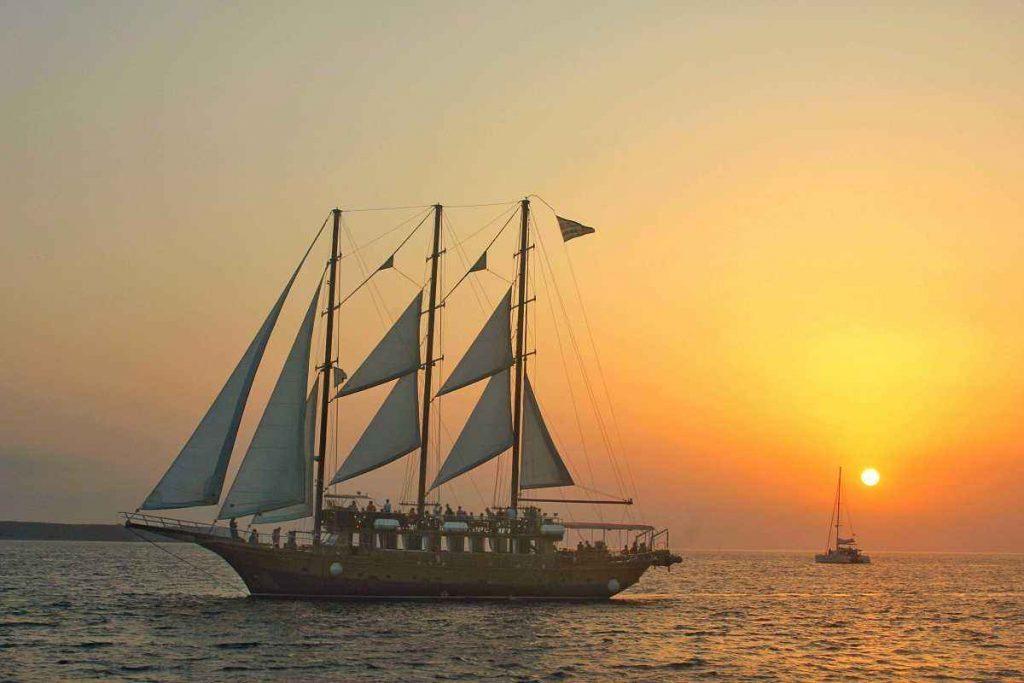 Dreaming of A Ship Is Bad Luck?-Dreams Interpretation Online