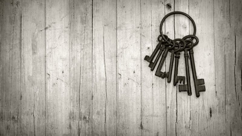 Dreaming Of Losing The Key|What Does It Mean to Lose The Key-Dreams Interpretation