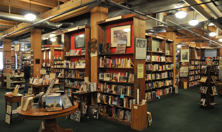 Top 17 Dream about A Bookstore-Dream Meaning and Symbolism
