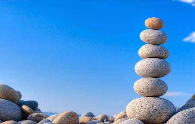 top 10 Stone Dreams Interpretation-Dream Meaning and Symbol