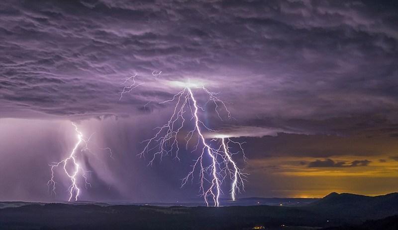 Dreams Interpretation on  Dark Clouds And Lightning!