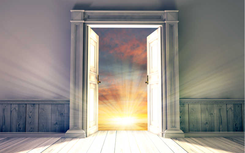 What Does It Mean to Dream That The Door Cannot Be Closed?