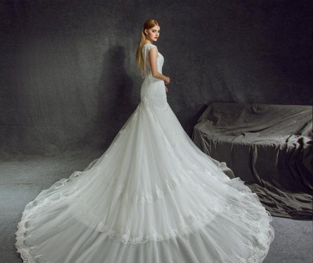 What Does It Mean to Dream of Getting Married But Without Wedding Dress?